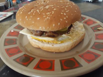 Cheeseburger (3)