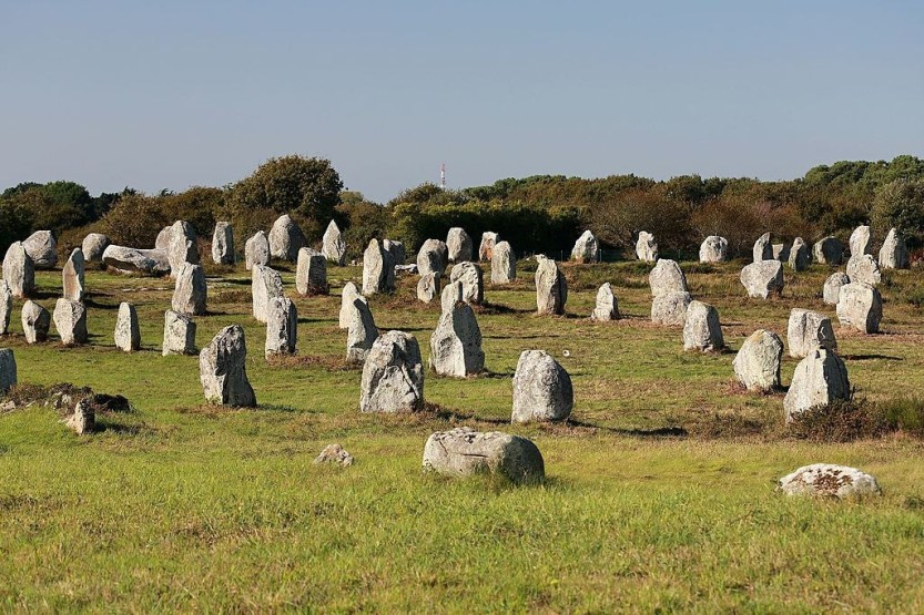carnac_megalitick_ady_le_mnec_-_panoramio